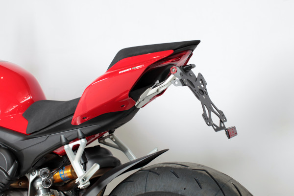 Evotech Kennzeichenhalter Ducati Streetfighter V4 1100