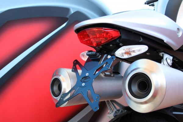 Evotech Kennzeichenhalter Ducati Monster 1100 Bj. 09- / Monster 796 Bj. 10-